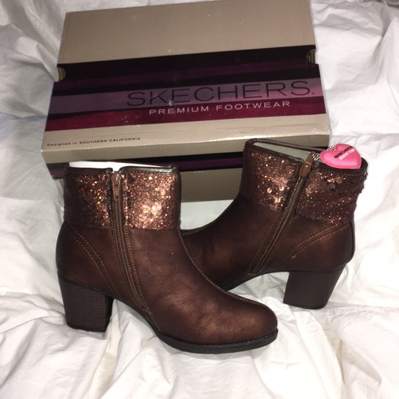 e824dd68ae41 💕💕Skechers Taxi-Starlet bronze boots💕💕